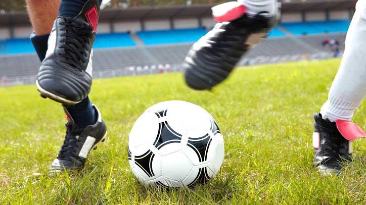 Футболни стоножки за деца от DiscountMania